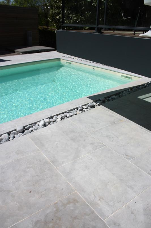 Dalles de terrasse pierre bleue chinoise - Terrasse en pierre bleue prix ...