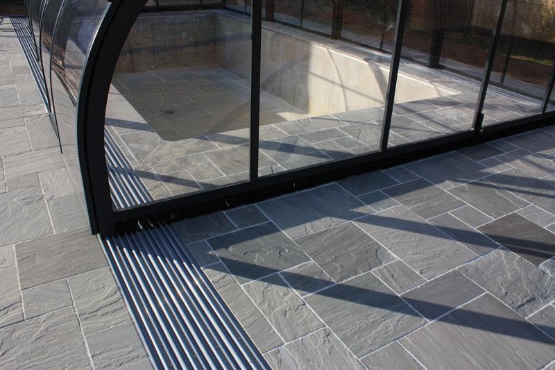 dalles de terrasse gr s kandla gris. Black Bedroom Furniture Sets. Home Design Ideas