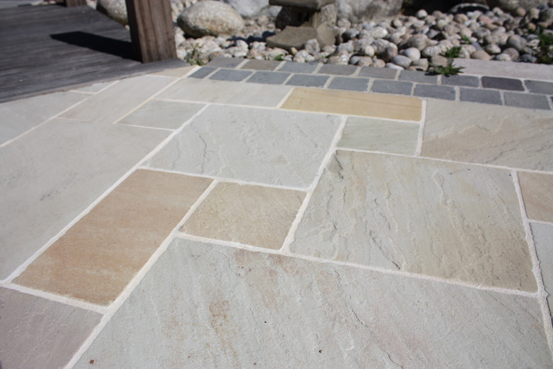 Dalles de terrasse gr s kandla mint - Pintura para suelos de gres ...