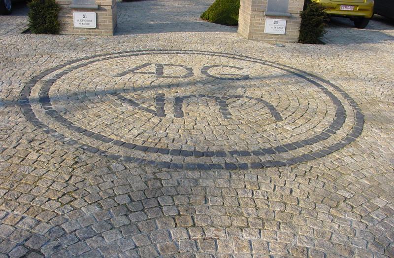 Granite Gris : Pavés granit du portugal allées et entrées garage